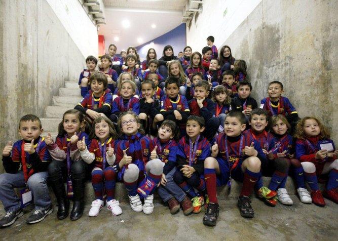дети болельщики Барселоны