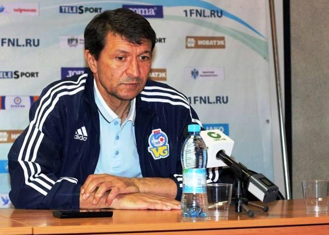 тренер Волгаря