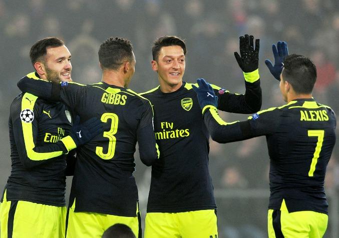 Арсенал: Озил, Санчес, Гиббс