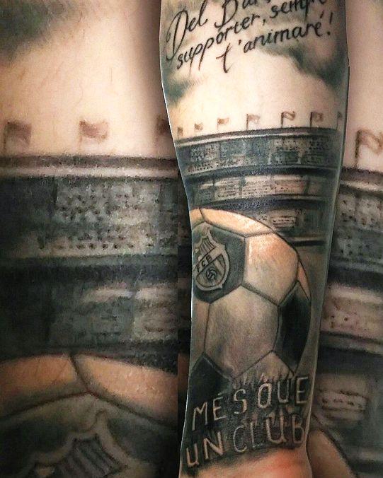 черно белая татуировка барселона